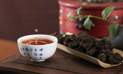 如何选购普洱茶,普洱茶选购技巧有哪些